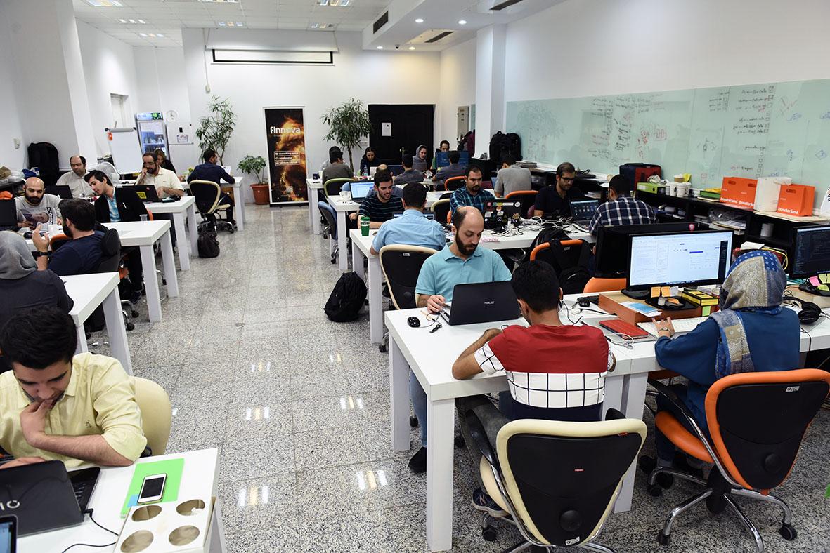 دفتر کار اشتراکی فینووا در تهران